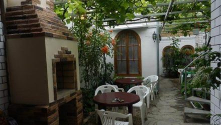 № 100. Геленджик — Мини-гостиница «Уютный дворик»