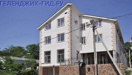 № 213. Архипо-Осиповка — Гостиничный дом «Домик у реки» на ул. Прибрежная, д. 1а