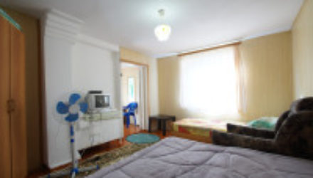 № 1072 Джанхот — гостевой дом по ул. Лесной 26