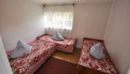 № 1070 Джанхот — Гостевой дом «Короленко»,  ул. Короленко 30