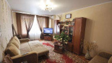 №  1051 Дивноморское — 2к. квартира по  ул. Короленко 6