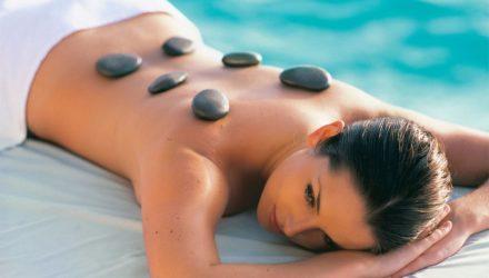 Отдыхаем с пользой. Как правильно выбрать лечебно-оздоровительный курорт.