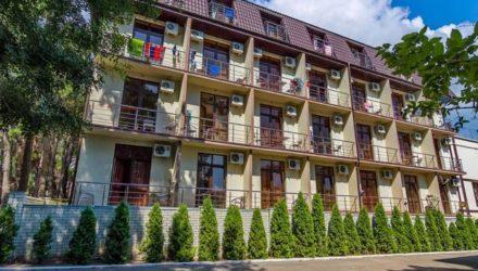 № 366 Дивноморское  — Отель «София»