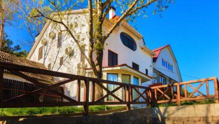 № 365 Джанхот — Гостевой дом «Кристалл»