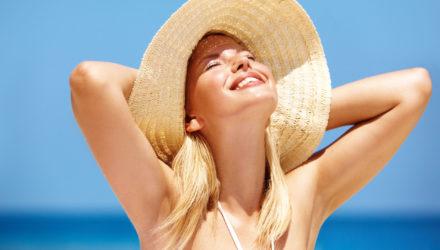 Уход за волосами летом — защита волос от солнца